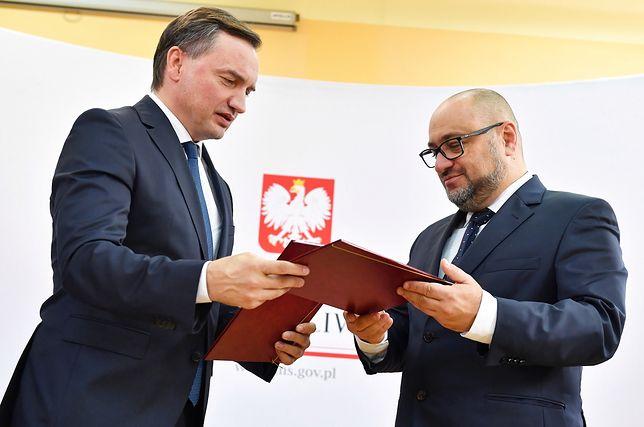 Zbigniew Ziobro i dyrektor kieleckiego szpitala Bartosz Stemplewski