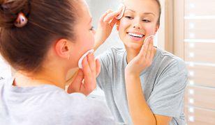 Płyn micelarny nie tylko oczyści, ale i nawilży twarz