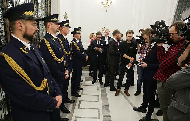Media narodowe dostają rykoszetem od marszałka Sejmu