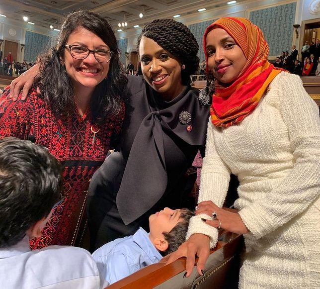 Nowe parlamentarzystki po zaprzysiężeniu w Kongresie USA