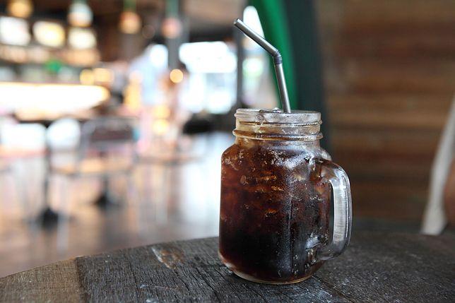 Ten napój to hit! Domowa coca-cola
