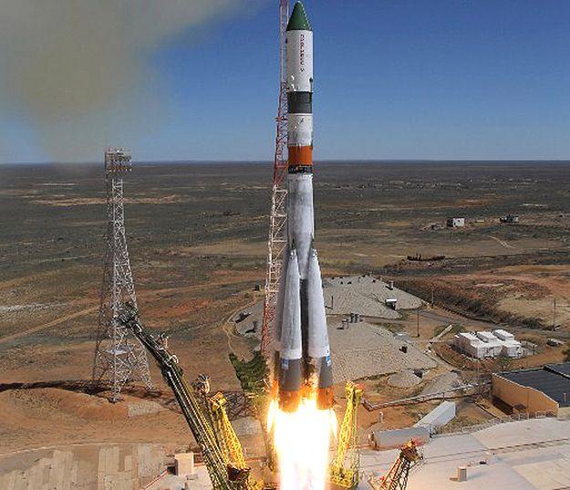 Załoga z ISS wróci później w związku z awarią statku Progress
