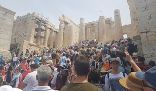 Na Akropolu ateńskim zdecydowanie widać, że Grecja ma problem z nadmiarem turystów