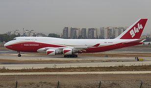 Amazonia. Pożar gasi Boeing 747 Supertanker - największy samolot gaśniczy świata [zobacz wideo]
