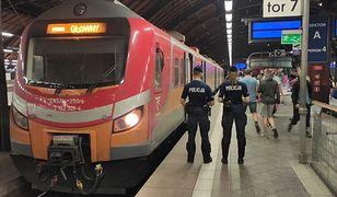 Kary za brak maseczek. Policja cały czas sprawdza, czy Polacy zasłaniają usta i nos.