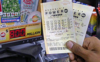 800 milionów dolarów można w sobotę wygrać w Stanach Zjednoczonych