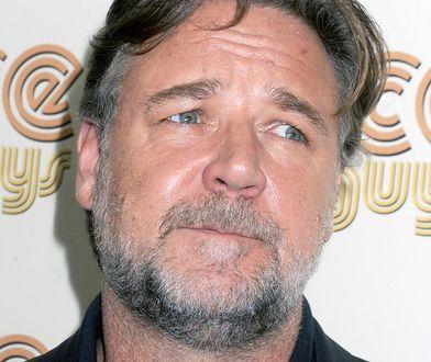 """Russell Crowe to świetny aktor, który zmienił się do roli w serialu HBO """"Na cały głos"""""""