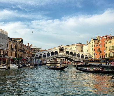 Widok na Most Rialto nad Canale Grande