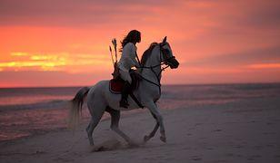 Anna Sokólska na plaży