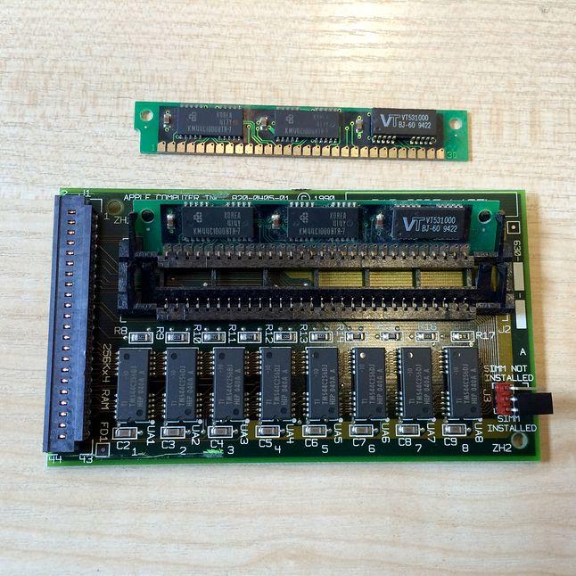 Dedykowana karta rozszerzeń pamięci. Zwiększała pamięć Classica o 1 MB, lecz posiadała jeszcze 2 sloty na 30 pinowe kości SIMM.