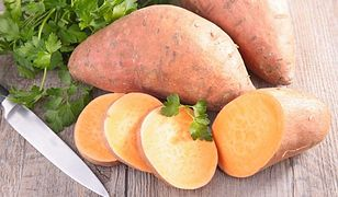Bataty to słodkie ziemniaki z których można zrobić pyszne chipsy