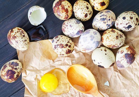 Jajka przepiórcze - wartości odżywcze i kalorie. Jak gotować jajka przepiórcze?