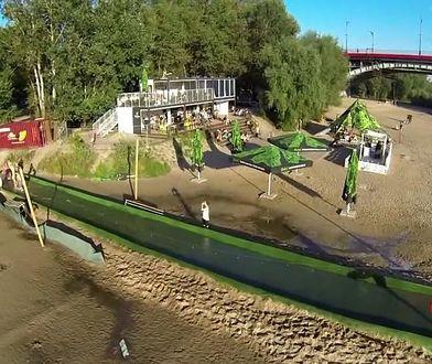 Plaża Stadion i Temat Rzeka widziane okiem drona