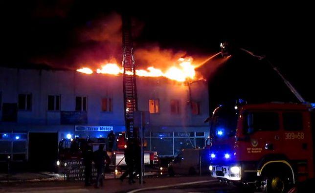 Pożar w Tarnobrzegu. Duszący dym unosił się nad miastem