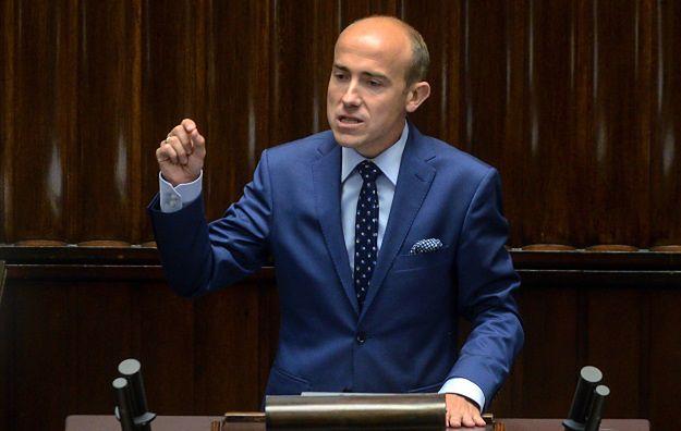 """PO i Nowoczesna: projekt ustawy o statusie sędziów TK to """"kneblowanie"""" sędziów"""