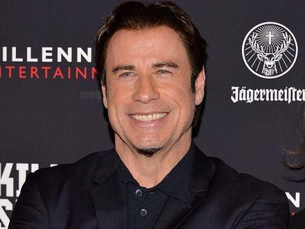 John Travolta rasową kobietą