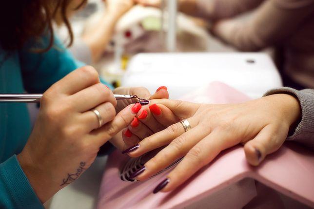 Praca mobilnej kosmetyczki nie jest łatwa