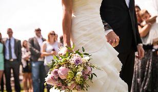 Strój na wesele to nie lada dylemat