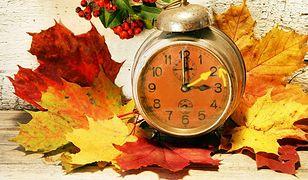 Zmiana czasu z letniego na zimowy. Dziś śpimy dłużej