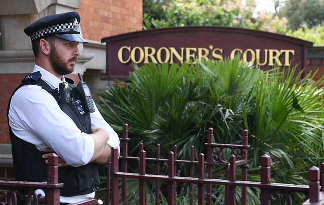 Polak zmarł w celi londyńskiego sądu. Ruszył proces