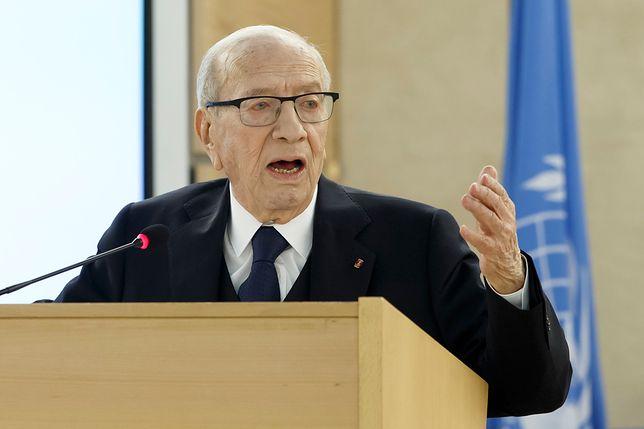 Prezydent Tunezji w szpitalu. Jego stan jest krytyczny