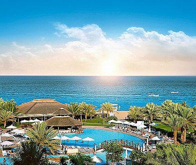 Otoczenie hotelu Fujairah Rotana Resort Spa w Emiratach Arabskich