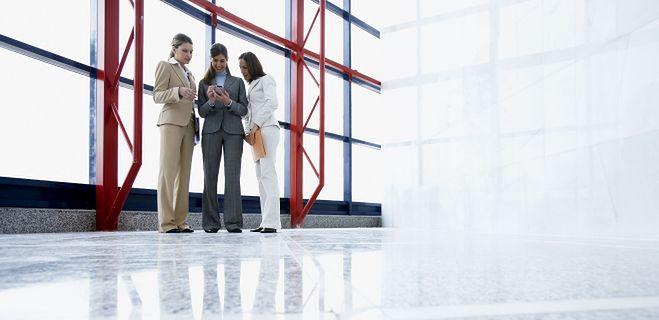 Dlaczego szefowie słuchają donosicieli i wazeliniarzy?