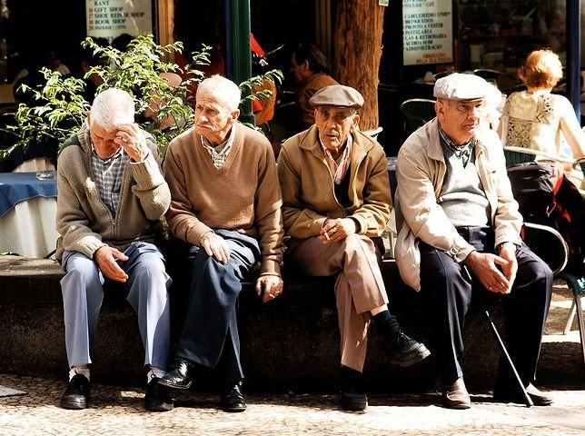 Średnia podwyżka emerytur od marca 2018 r. wyniesie około 50 zł