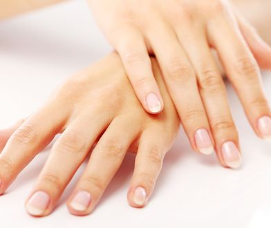 Piękne paznokcie nawet bez odrobiny lakieru? Poznaj 6 trików, dzięki którym będą zdrowe i mocne