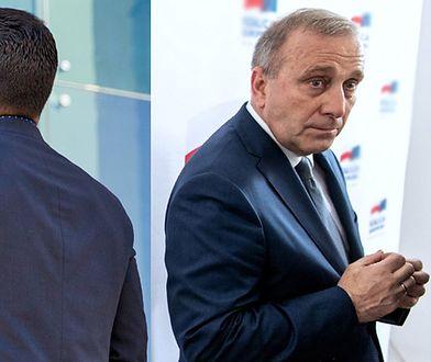 Nie-Wiadomo-Kto wygrał z Grzegorzem Schetyną walkę o tytuł lidera opozycji.