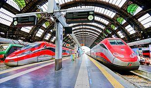 Milano Centrale to jeden z największych dworców kolejowych w Europie. Obsługuje ok. 330 tys. pasażerów dziennie