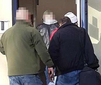 Poszukiwany listem gończym mężczyzna trafił do policyjnego aresztu