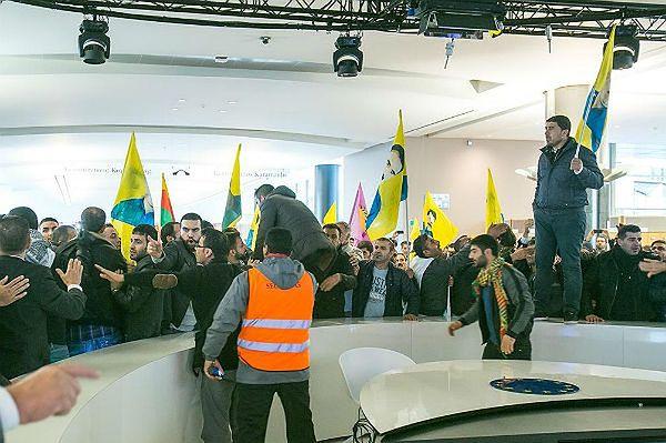 Kurdowie wdarli się do Parlamentu Europejskiego