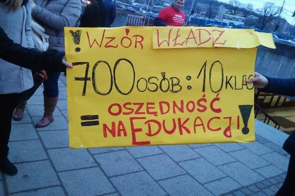 14 tys. gdańszczan chce uratować Pałac Młodzieży