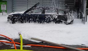 Wlała benzynę do diesla. Auto wybuchło, bo chciała wyssać paliwo odkurzaczem
