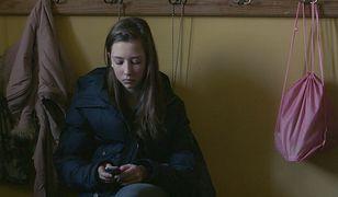 To historia 14-letniej Oli, która jest głową rodziny.