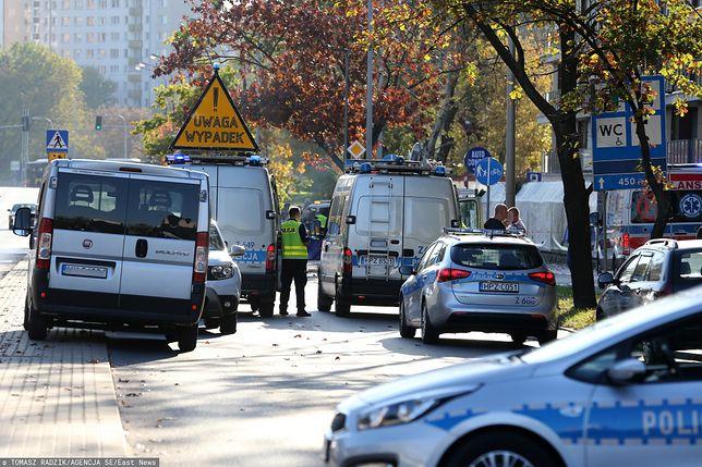 Warszawa. Do śmiertelnego potrącenia doszło na ulicy Sokratesa na Bielanach