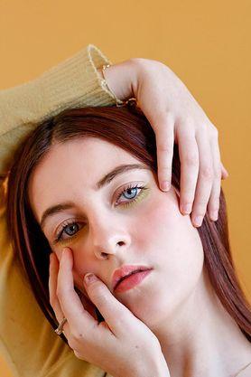 Żółte oczy u noworodków, dzieci i dorosłych - przyczyny