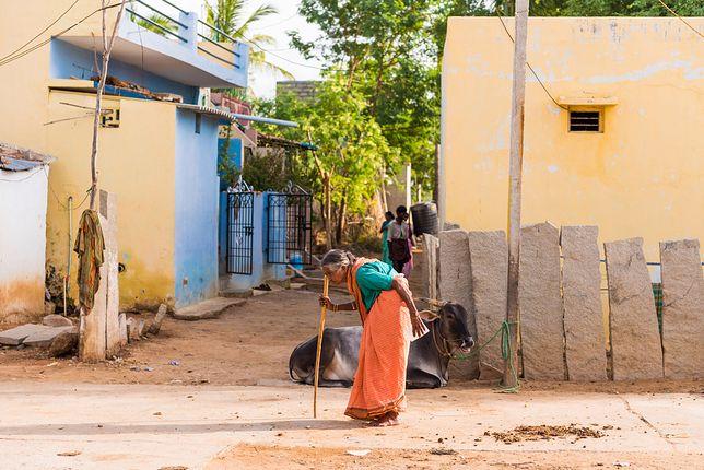 Chodzenie na boso jest tradycją w wielu miejscowościach