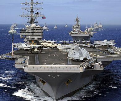 CNN: drugi lotniskowiec USA patroluje koło Półwyspu Koreańskiego