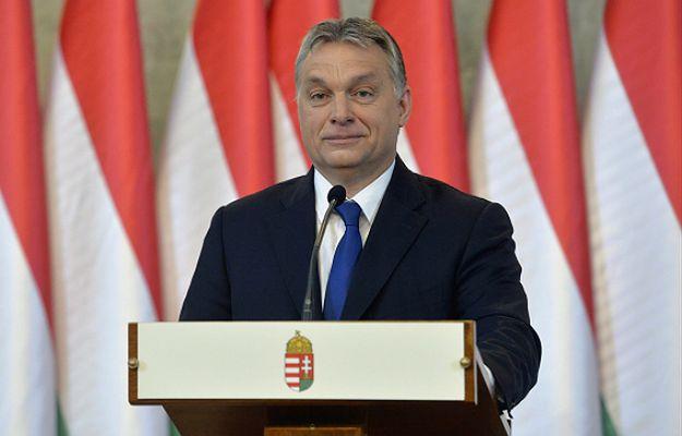 """Viktor Orban zarządził referendum ws. przyjmowania uchodźców. KE czeka na wyjaśnienia Węgier. """"Bruksela jest zaskoczona tym pomysłem"""""""