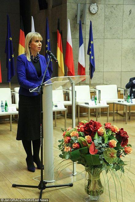 Polska polityk o nienagannym wyglądzie