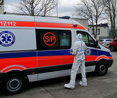 """Koronawirus w Polsce. Sanepid poszukuje dwóch pasażerów autobusu z Niemiec. """"Dmuchanie na zimne"""""""