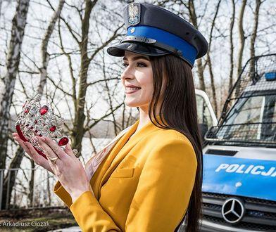 Śląskie. Anna-Maria Jaromin, Miss Polski 2020, zachęca do wstąpienia w policyjne szeregi.