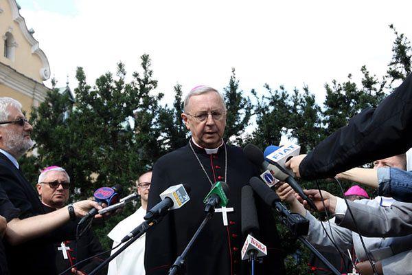 Abp Gądecki: będą kościelne ośrodki pomocy dla ofiar pedofilii