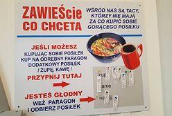 """""""Kup obiad potrzebującemu i zostaw paragon"""". W ten sposób bar z Białej Podlaskiej pomaga 15 osobom dziennie"""
