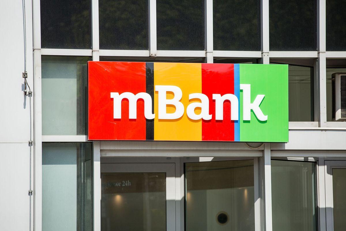mbank wykorzysta zmianę czasu na wykonanie prac technicznych.