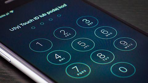 """Nie musisz żyć z """"cegłą"""". Blokadę aktywacji iCloud na iOS można częściowo obejść"""