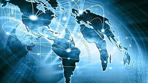 26 milionów Polaków korzysta z Internetu, 14 milionów z Facebooka #prasówka
