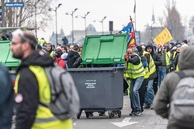 """""""Żółte kamizelki"""" ponownie starły się z policją"""
